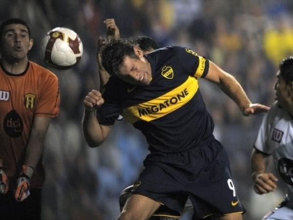 EL TREN. Palermo tiene encarrilado a Boca en la Copa: anotó ante Guaraní para que los xeneizes mantengan su puntaje perfecto (Foto: FIFA.com / AFP)