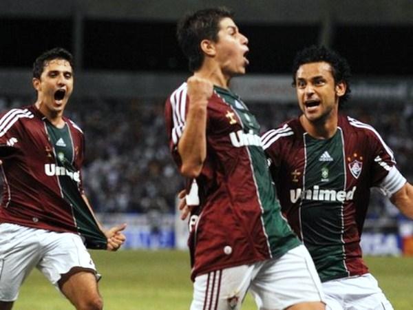 BAILA CONCA. El argentino Darío Conca puso el tercero para el Fluminense y estiró la diferencia. Un gol importante para ir con más tranquilidad al partido de vuelta. (Foto: AP)
