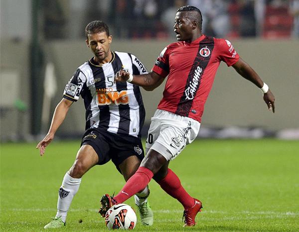 Tijuana sorprendió en el primer tiempo con ataques en los que Duvier Riascos tomó la delantera para marcar el primer gol (Foto: AFP)