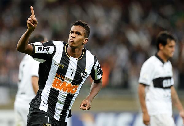 Olimpia aguantó todo el primer tiempo, pero apenas comenzó la etapa final Jo sacó ventaja en el marcador para Atlético Mineiro (Foto: AFP)