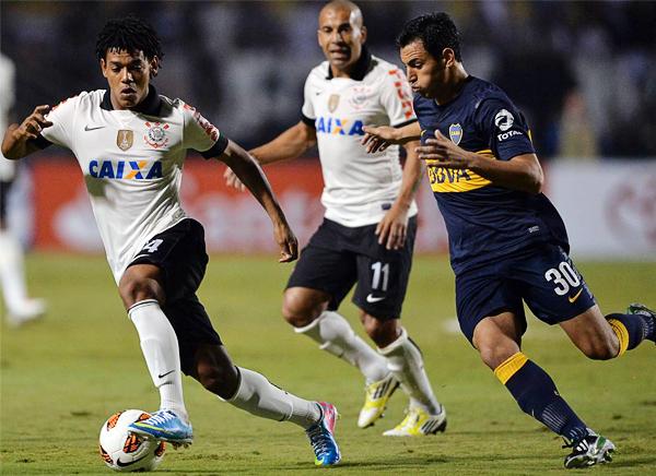 Romarinho fue víctima del mal arbitraje del paraguayo Carlos Amarilla cuando un gol suyo fue anulado por un inexistente fuera de juego (Foto: AFP)