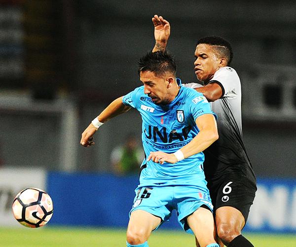 Iquique olvidó la piedad en Chile y la aplicó una goleada a Zamora en el mismísimo Agustín Tovar. (Foto: AFP)