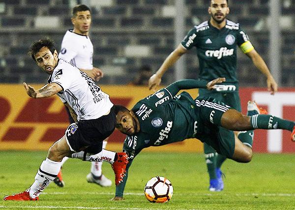 Aunque Jorge Valdivia tuvo un partidazo, no fue suficiente para que Colo-Colo se imponga a Palmeiras. (Foto: AFP)