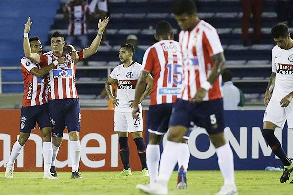 Rangel celebra el gol de Junior. (Foto: AFP)
