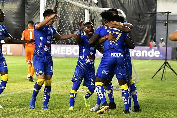 La Copa Libertadores 2019 empezó con el Delfín - Club Nacional. Ambos equipos debieron alinearse a las nuevas reglas. (Foto: FEF)