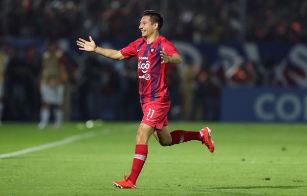 La celebración de Ruiz luego de su tanto. (Foto: diario Olé)