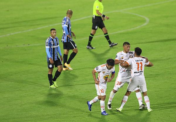 El gol de Ayacucho en Quito será su único recuerdo bonito de la Libertadores 2021. Lo demás será borrado del chip a la brevedad. (Foto: Conmebol)