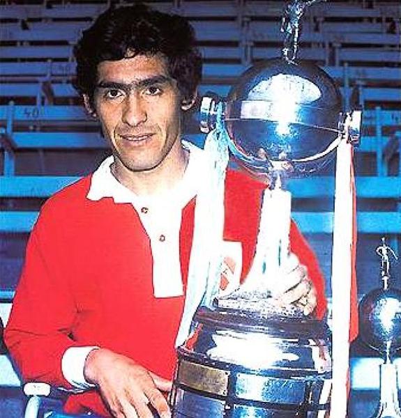 'Pancho' Sá fue un cumplidor defensa pero muy regular por lo que dentro del fútbol argentino se lo tiene muy bien considerado (Foto: radiosudamericana.com)