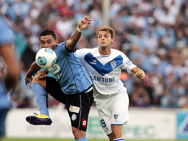 Belgrano tuvo éxito en su debut internacional nada menos que ante el laureado Vélez Sarfsield (Foto: ole.com.ar)