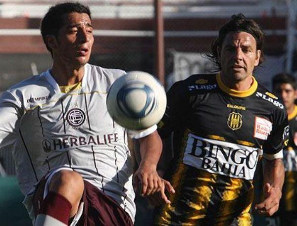EN OTRO LADO. Lanús y Olimpo empataron a cero en un partido que dejó mucho que desear. (www.fotobaires.com )