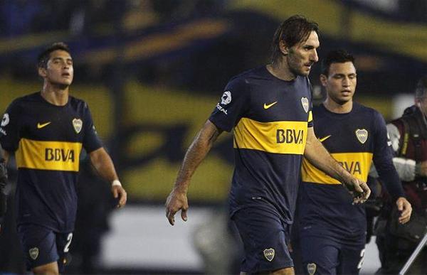 En Boca siguen confiando en la experiencia que le aporta Rolando Schiavi a su defensa pese a su dilatada trayectoria (Foto: bocajuniors.com.ar)
