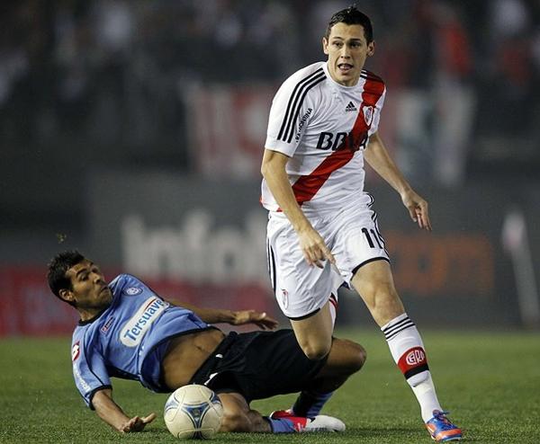 Una de las mayores promesas de River Plate en esta temporada es Lucas Ocampos quien se espera empiece a mostrar toda su capacidad en el primer equipo (Foto: Reuters)