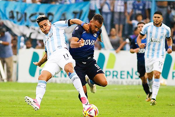 Talleres y Atlético Tucumán (Foto: Infobae)
