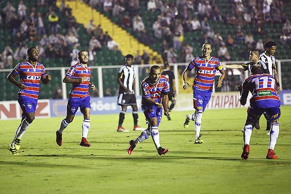 Fortaleza - Figueirense (Foto: Globoesporte)