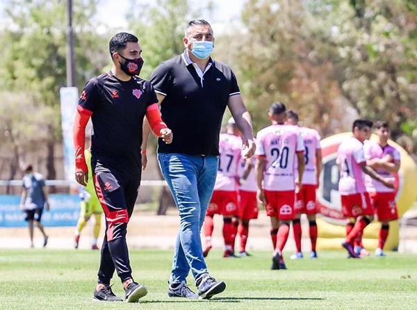 Ñublense regresa a la máxima categoría de la mano de Jaime García como DT. (Foto: Prensa Ñublense)