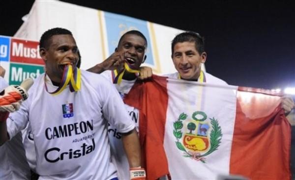 El Once Caldas de Fano celebró tras 26 jornadas el título del Apertura colombiano (Foto: AP)