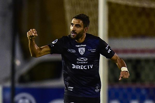 Cristian Pellerano es el referente en la volante de Independiente del Valle. (Foto: AFP)