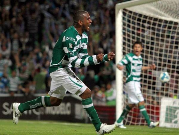 El ecuatoriano tuvo una gran temporada y fue uno de los mejores jugadores del subcampeón Santos (Foto: Mexsport).