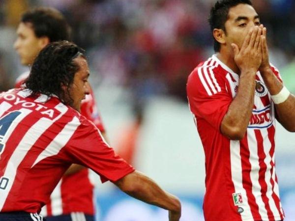 LA FIGURA. Marco Fabián anotó un hat-trick para Chivas ante Tecos, y se erigió como la figura de la fecha. (Foto: Mexsports)