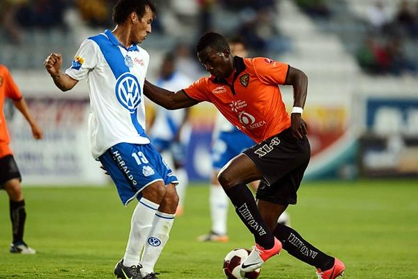 El colombiano Jhon Córdoba se asentó rápido al fútbol mexicano desde que llegó a Jaguares (Foto: Mexsport)