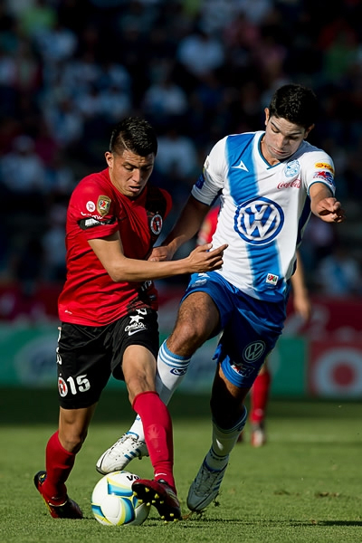 Un ojo en cada frente tendrá que tener el Puebla para transitar sin problemas en el torneo (Foto: Mexsport)