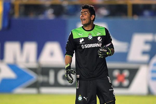Oswaldo Sánchez mantiene las cualidades que lo tienen como el portero titular en el Santos Laguna (Foto: Mexsport)