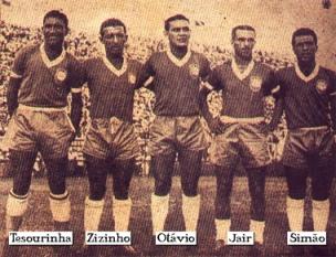Abril de 1949: Tesourinha, Zizinho, Otávio, Jair y Simao fueron la delantera que inició el partido que Brasil le ganó 7-1 a Perú por el Sudamericano en Rio de Janeiro (Foto: carlospizzatto.blogspot.com)