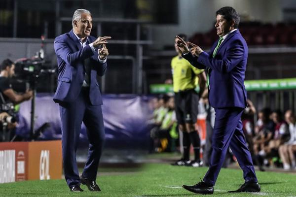 El esquema defensivo de Villegas logró resistir una hora el embate del 'Scratch' de Tite. (Foto: Prensa Copa América)