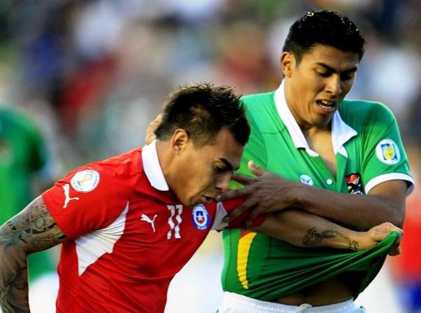 EL CAMBIAZO. Eduardo vargas ingresó por un flojo Humberto Suazo, y ayudó a liquidar el partido para el cuadro rojo. (Foto: Reuters)