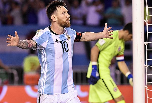 Lionel Messi fue el más regular de Argentina y le dio la victoria ante Chile con un gol de penal. (Foto: AFP)