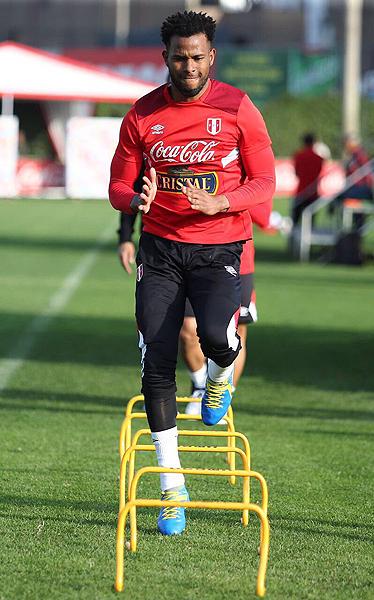 Carlos Cáceda ha demostrado su capacidad en el torneo peruano. (Foto: prensa FPF)