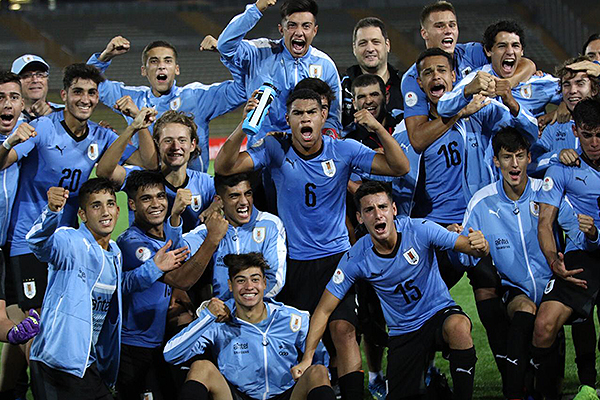 Como ante Brasil, Uruguay supo reponerse (Foto: Pedro Monteverde / DeChalaca.com)