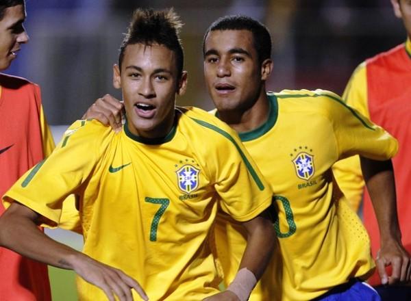 TODO LO VE GOL. Neymar selló con un golazo el triunfo de Brasil ante Colombia. (Foto: REUTERS)