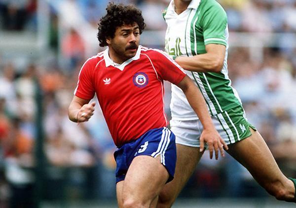 Carlos Caszely fue una de las grandes figuras de Chile en la década de los setenta. (Foto: AFP)