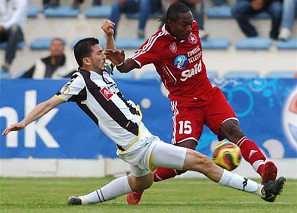 Sfaxien y Étoile du Sahel se enfrentaron en la final africana en 2008. (Foto: RFI)