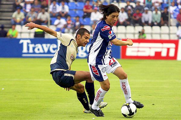 Pachuca y Cruz Azul se cruzaron en la final de 2009/10. (Foto: Notimex)