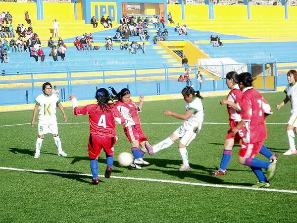 Defensor UNDAC se convirtió en la mejor representante del fútbol femenino en Pasco (Foto: Pasco al Día)