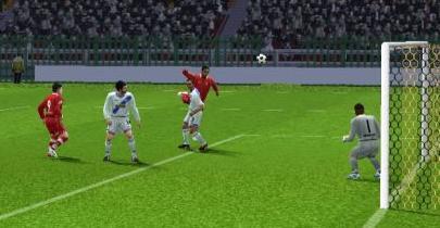 Balbín consiguió de cabeza el tanto triunfal para Bolo (Imagen: Diego Rodríguez / Peru Evolution Soccer)