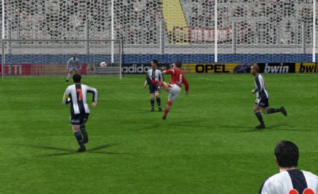 Ccahuantico marcó un soberbio golazo (Imagen: Perú Evolution Soccer)
