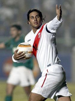 La afición peruana espera que Pizarro deje todo en la cancha (Foto: foxsportsla.com)
