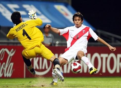 Bazalar y un gol de última hora que alegró a todo el Perú (Foto: FIFA.com)